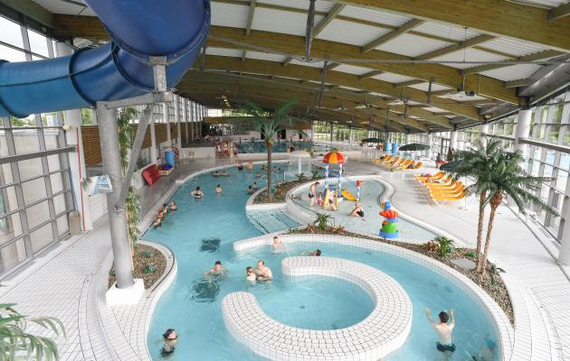 Centre aquatique saint l agglo horaires et tarifs for Porte local piscine